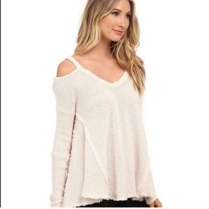 🌿FREE PEOPLE🌿 COLD SHOULDER THERMAL